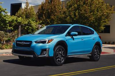 Subaru выпустит гибридный автомобиль с возможностью подзарядки