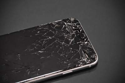 Медики рассказали, как безопасно пользоваться смартфоном